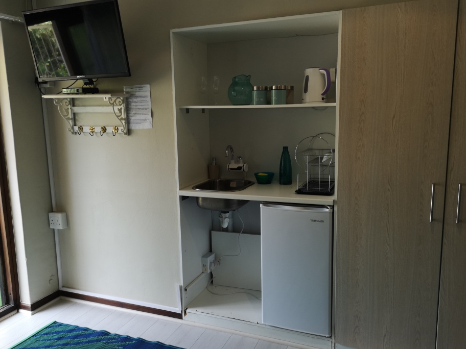 Mini kitchen family room